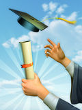 Graduado sustentando um diploma Fotografia de Stock Royalty Free