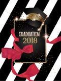 Graduatie 2018 banner met hoed, scharlaken lint en gestreepte achtergrond stock illustratie