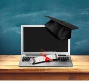 Graduazione di Internet Fotografia Stock Libera da Diritti