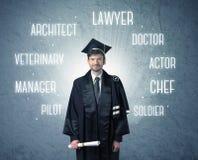 Graduetepersoon die beroepen zoeken stock fotografie