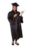 Graduierte Frau, die Zertifikat anhält Lizenzfreies Stockfoto