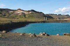 Graenavatn eller för grön sjö, explosionkratersjö söder av Reykjavik, Island Arkivfoto