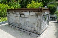 Graf bij begraafplaats Malives Royalty-vrije Stock Afbeeldingen
