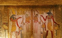 Graf het schilderen in de Vallei van de Koningen Royalty-vrije Stock Afbeeldingen