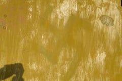 Graffi trascurati astratti di struttura o del fondo sulla vecchia pietra Fotografia Stock Libera da Diritti