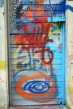 Graffit designdörr fotografering för bildbyråer