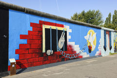 Graffiti auf Berliner Mauer an der Ostseiten-Galerie Lizenzfreies Stockbild