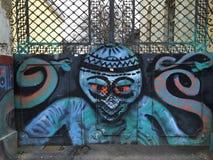 Graffiti auf den Toren Lizenzfreie Stockfotos