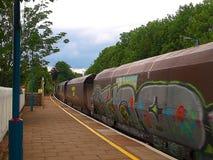 Graffiti auf einem Zug in Abergavenny Stockfotos