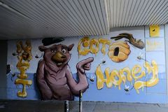 Graffiti auf einer Wand, die ein Schwein zeigt, mögen Tier stockbild