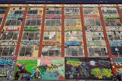Graffiti bij Vijf Pointz stock foto's