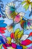 Graffiti coloré d'oiseau et de fleur photo stock