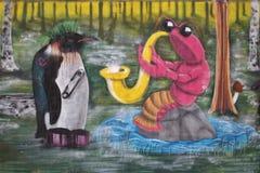 Graffiti coloré et élégant dans un tunnel de marche dans LuleÃ¥ Photographie stock