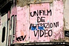 Graffiti de mur dans des Frances de Paris Photo stock