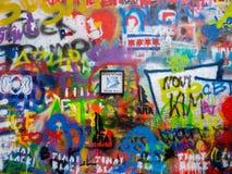 Graffiti de mur de John Lennon à Prague, République Tchèque Photographie stock libre de droits