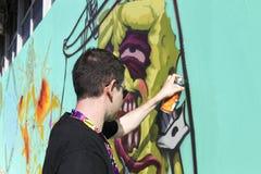 Graffiti dei pittori nel corso della via Art Festival Thess Fotografia Stock Libera da Diritti