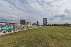 Graffiti della galleria lato est/del muro di Berlino Immagini Stock Libere da Diritti