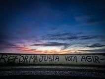 Graffiti della linea costiera Fotografie Stock Libere da Diritti