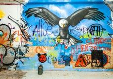 Graffiti di Eagle in una costruzione abbandonata della fabbrica Fotografia Stock Libera da Diritti