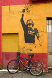 Graffiti in eer Lionel Messi, door Banksy Royalty-vrije Stock Fotografie