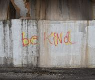 Graffiti na ścianie pod mostu mówić Byli Mili zdjęcie royalty free