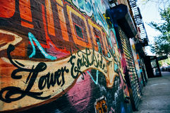 Graffiti na starym budynku w Niskiej wschodniej części Manhattan Obrazy Royalty Free