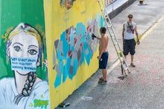 Graffiti natryskowy opryskiwanie na bridżowym filarze, Regensburg, Niemcy Obraz Royalty Free
