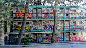 Graffiti op de muur van huis royalty-vrije stock afbeelding