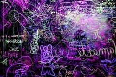 Graffiti op een duidelijke acrylraad Stock Foto