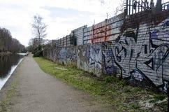 Graffiti op het kanaal van Birmingham royalty-vrije stock foto