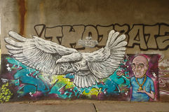 Graffiti op muur onder brug in Poznan, Polen Royalty-vrije Stock Foto