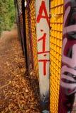 Graffiti op omheining royalty-vrije stock afbeeldingen