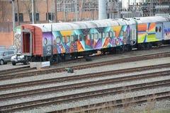 Graffiti op treinauto's in SE Portland, Oregon stock afbeelding