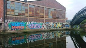 Graffiti su una parete immagine stock libera da diritti