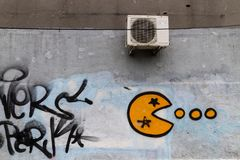 Graffiti su una parete - Bucarest fotografie stock