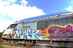 Graffiti sulle rotaie Fotografie Stock