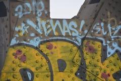 Graffiti sur le pont en acier à Portland, Orégon photo stock