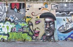 Graffiti ummauern in Piran, Slowenien Stockfotografie