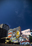 Graffiti urbani Norvegia di architettura di Oslo immagini stock libere da diritti