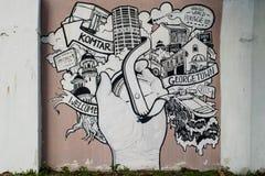 Graffiti urbani sulla parete Fotografie Stock