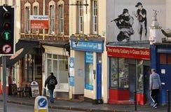Graffiti van Banksy in het centrum van Bristol Stock Foto's