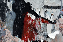 Graffitidetail en gescheurde affichesachtergrond Stock Foto