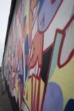 Graffitidetail van de muur van Berlijn, de zijgalerij van het oosten Royalty-vrije Stock Foto's