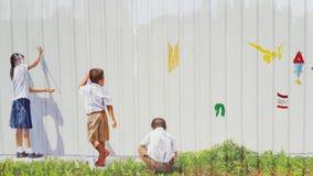 Graffitikinderen het trekken Stock Afbeelding