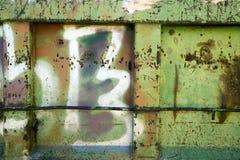 Graffition uma porta velha do metal Imagens de Stock