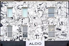 Graffitti blanc construisant ALDO à Camden Photographie stock libre de droits