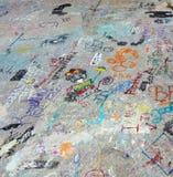 Graffitti en fondo concreto Imagen de archivo libre de regalías
