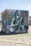 Graffti na sześcianie dziewczyna Zdjęcia Royalty Free