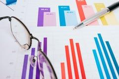 Grafici commerciali e diagrammi Fotografie Stock