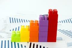 Grafici di Businees con i blocchi Fotografia Stock
